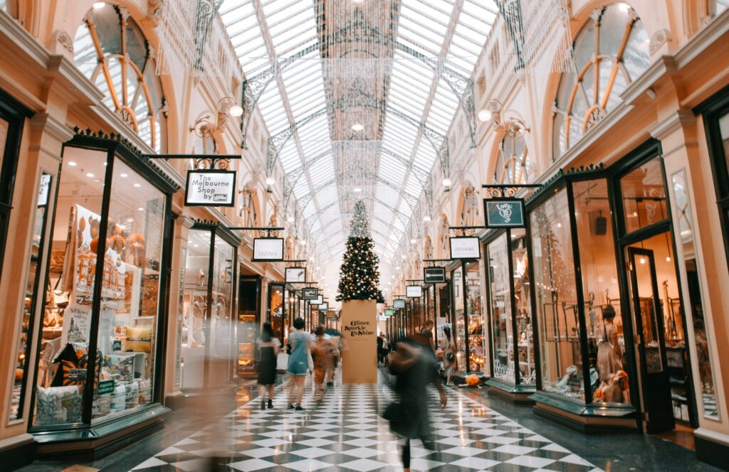 christmas shopping in the mall